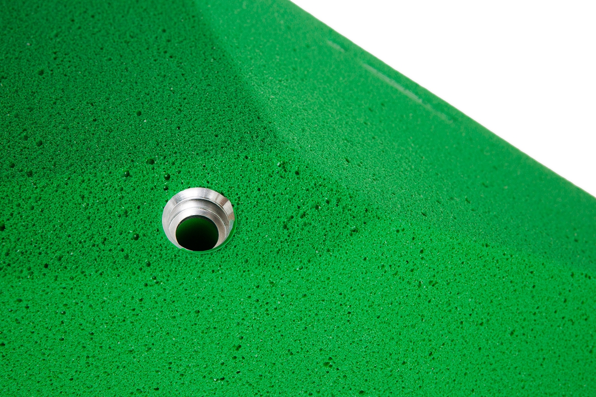 Aluminium insert - This set is produced with aluminium inserts.